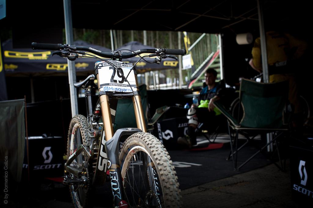 Scott Gambler Prototype Downhill bike in the pits.