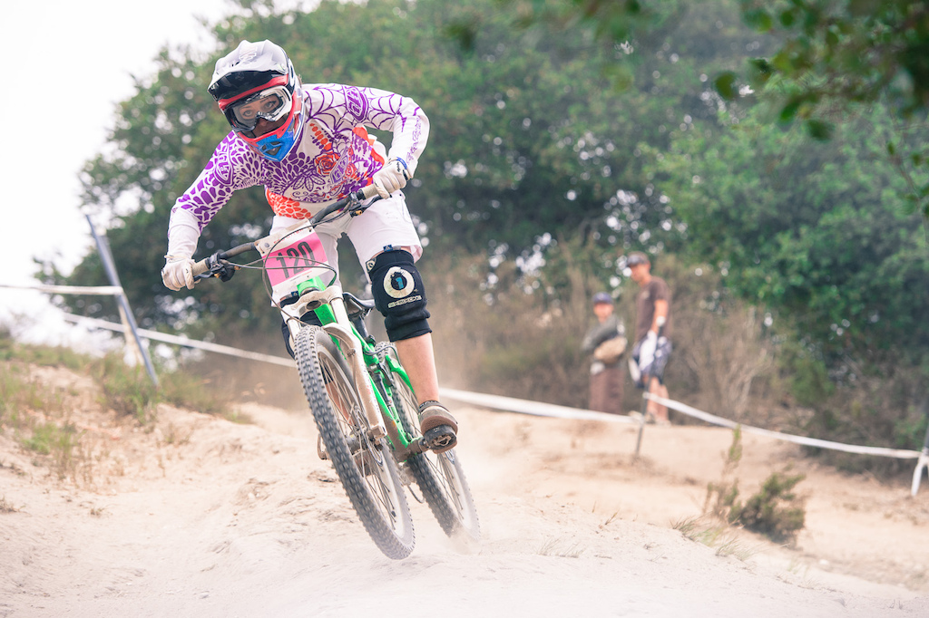 Holly Feniak is racing against the big girls this year and she s starting it off right. First Sea Otter DH and first Sea Otter DH podium 5th place.